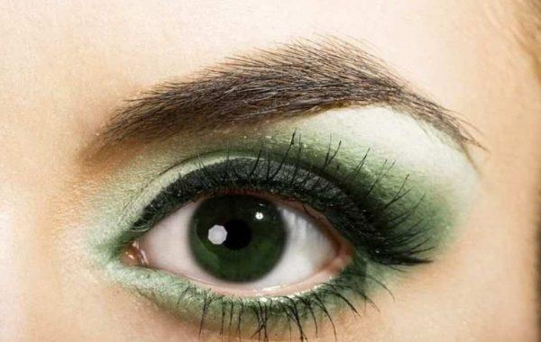 green_eyes2