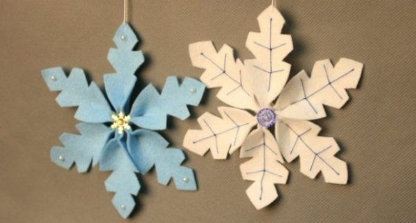 3d_snowflakes5