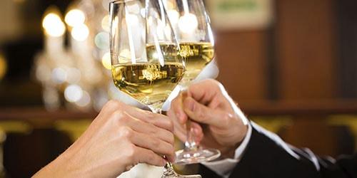 shampanskoe_vlyublyennim