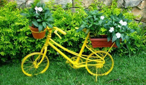 Клумба на велосипеде