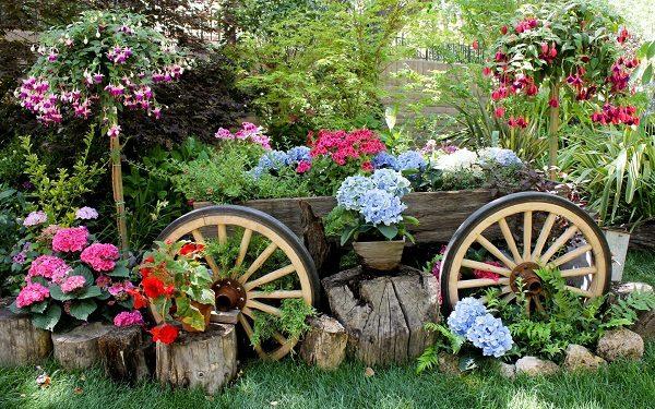 Телега с цветами